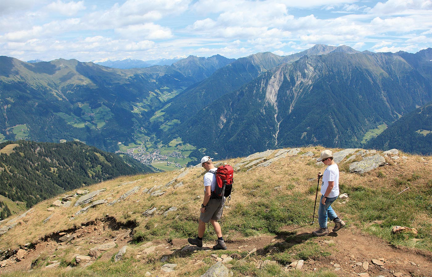Hiking guests of the Hotel Alpenhof